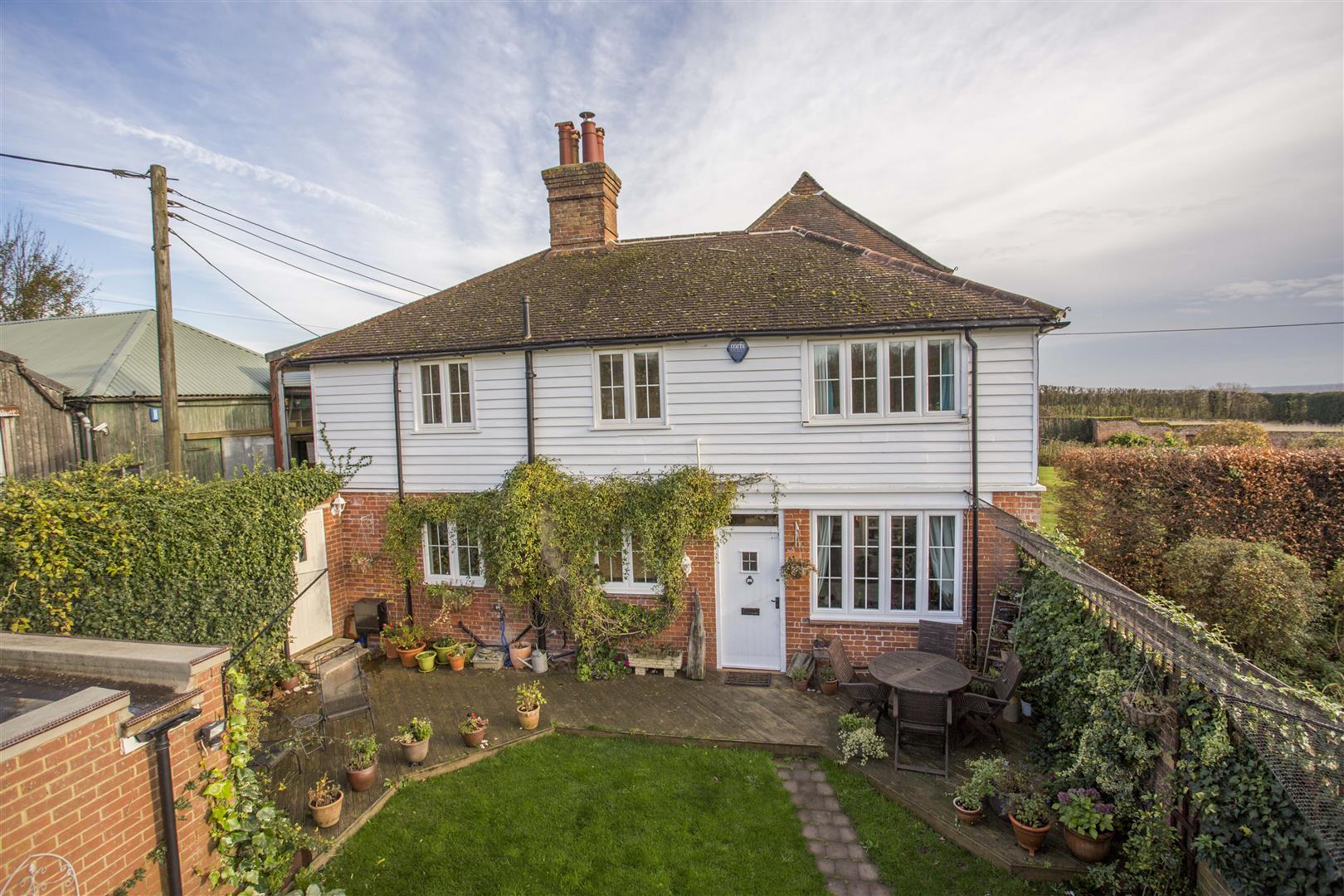 3 Bedrooms House for sale in Chart Hill Road, Chart Sutton, Maidstone